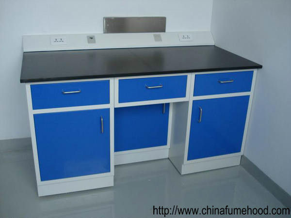 Multi Color Laboratory Benches And Cabinets With Reagnent Shelf / PP Water Faucet